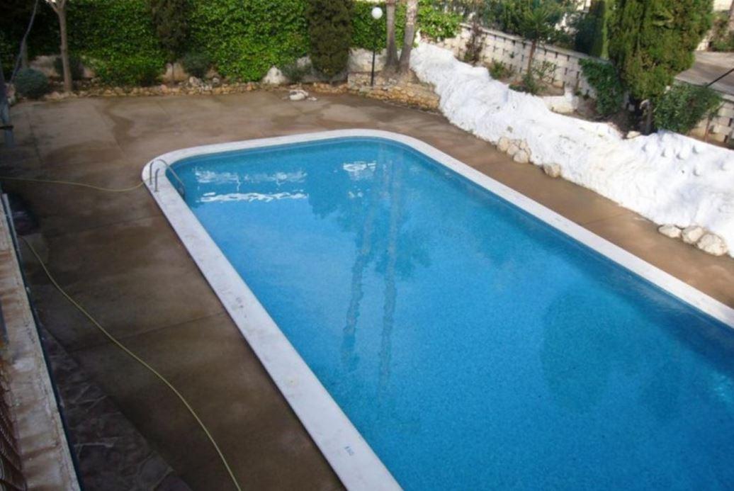 Benidorm case vacanze benidorm costa blanca appartamento for Piscina climatizada benidorm