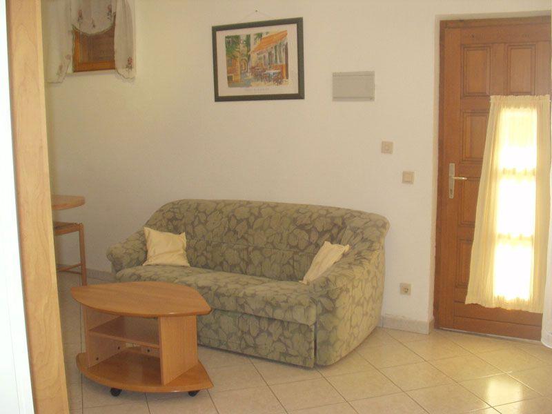 Isola di krk njivice appartamento a2 2 per 2 4 persone for Piano terra di 500 piedi quadrati