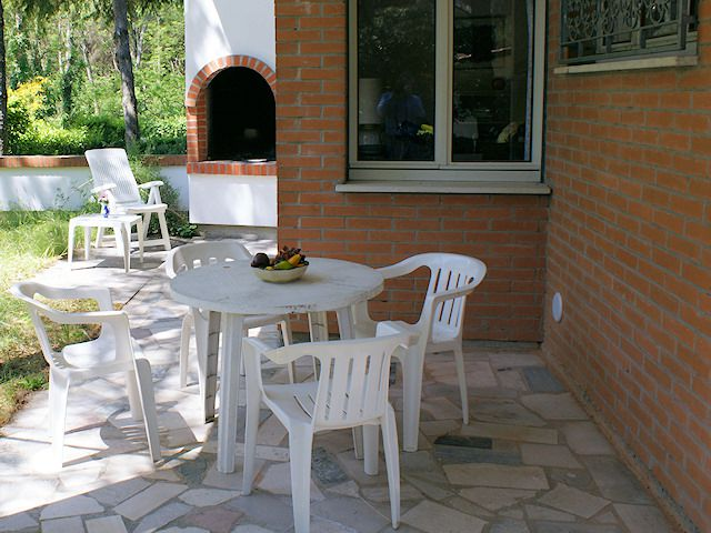 Lignano riviera appartamento in villa bifamiliare per 3 5 for Bagno 5 lignano riviera